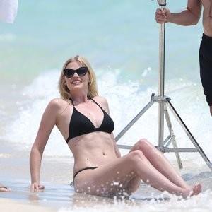 Real Celebrity Nude Lara Stone 076 pic