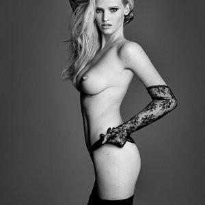 Naked Celebrity Lara Stone 005 pic