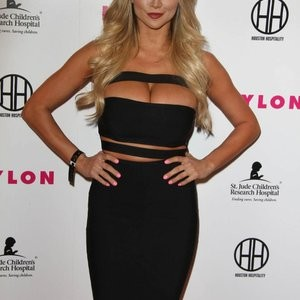 Celebrity Nude Pic Lindsey Pelas 007 pic
