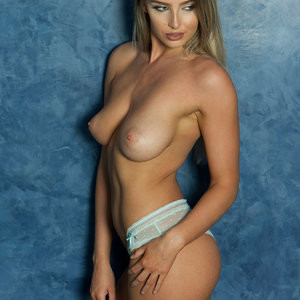 Lissy Cunningham Sexy & Topless – Page 3 (4 Photos) - Leaked Nudes