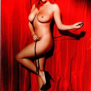 Celebrity Naked Lucy Collett 014 pic