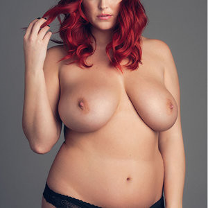 Naked Celebrity Lucy Collett 002 pic