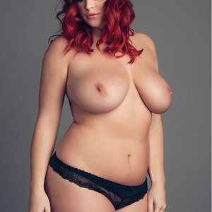 Free nude Celebrity Lucy Collett 003 pic