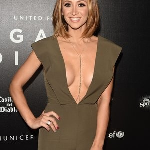 Lucy-Jo Hudson Cleavage (3 Photos) - Leaked Nudes