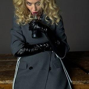 Hot Naked Celeb Madonna 004 pic