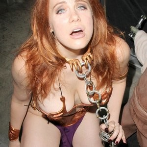 Celebrity Nude Pic Maitland Ward 011 pic