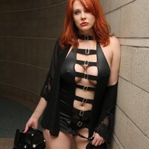 Naked Celebrity Maitland Ward 007 pic