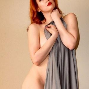 Free Nude Celeb Maitland Ward 002 pic