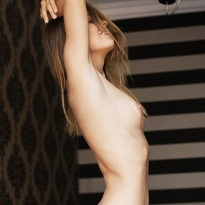 Real Celebrity Nude Marisa Papen 002 pic