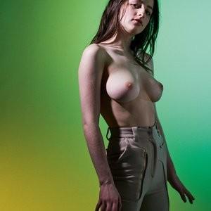 Naked celebrity picture Ali Michael, Hannah Mensch, Heaven Baize Garcia, Jordan Robin, L.H. Guillaud 006 pic