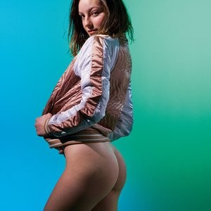 Celebrity Nude Pic Ali Michael, Hannah Mensch, Heaven Baize Garcia, Jordan Robin, L.H. Guillaud 011 pic