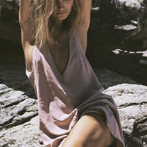 Hot Naked Celeb Maya Stepper 009 pic
