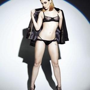 Mellisa Clarke Topless (3 New Photos) - Leaked Nudes