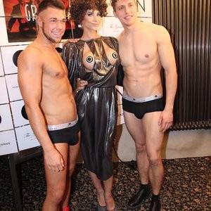 Celeb Naked Micaela Schäfer 002 pic