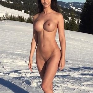 Micaela Schäfer Naked On Snow (7 Photos) - Leaked Nudes