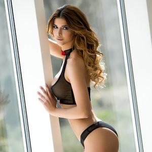 Newest Celebrity Nude Micaela Schäfer 007 pic
