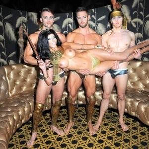 Celebrity Nude Pic Micaela Schäfer 007 pic