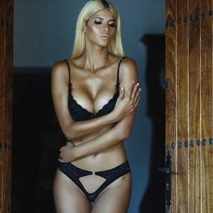 Free nude Celebrity Micaela Schäfer, Veronika Klimovits 003 pic