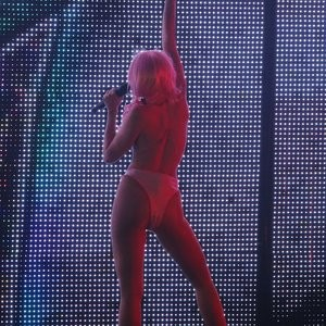 Celebrity Leaked Nude Photo Miley Cyrus 035 pic