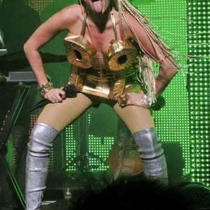 Leaked Celebrity Pic Miley Cyrus 064 pic
