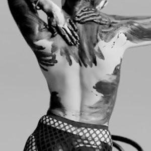Free Nude Celeb Miley Cyrus 017 pic