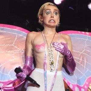 Nude Celeb Pic Miley Cyrus 002 pic