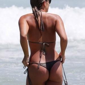 Natasha Oakley in a Bikini (7 Photos) - Leaked Nudes