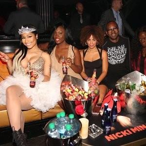 Celebrity Naked Nicki Minaj 003 pic