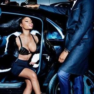 Hot Naked Celeb Nicki Minaj 002 pic