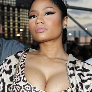 Nicki Minaj Cleavage (4 Photos) – Leaked Nudes