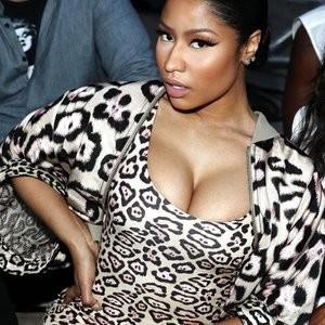 Nicki Minaj Cleavage (4 Photos) - Leaked Nudes