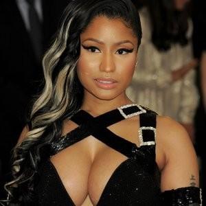 Nicki Minaj Sexy (14 Photos) – Leaked Nudes