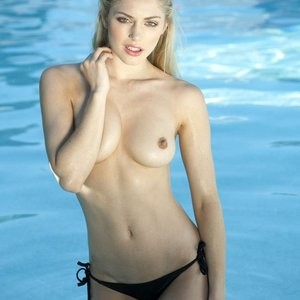 Nicole Neal Topless (3 Photos) - Leaked Nudes