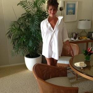 Newest Celebrity Nude Nikki Cox 006 pic