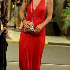 Olivia Wilde Braless (5 Photos) - Leaked Nudes