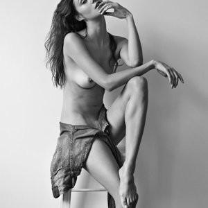 Free Nude Celeb Ollie Kram 011 pic