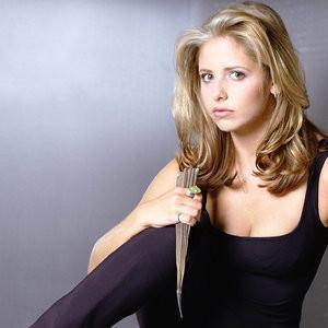 Poll: Buffy vs. Xena – Leaked Nudes