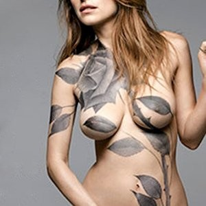 Poll: Celebrity Battle. Round 1: Rosario Dawson vs. Lake Bell - Leaked Nudes