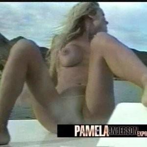 Free Nude Celeb Polls 004 pic