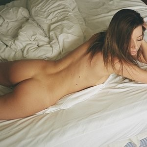 Rebecca Louise Naked (7 Photos) - Leaked Nudes