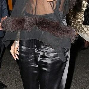 Rihanna Nipple Slip (8 Photos) - Leaked Nudes