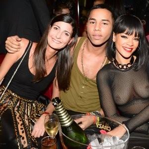 Rihanna See Through (1 Photo) – Leaked Nudes