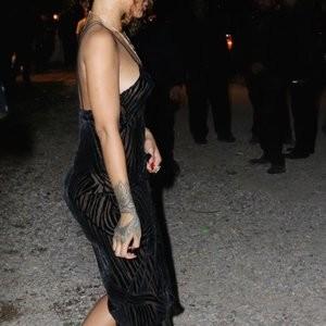 Rihanna See Through (8 Photos) - Leaked Nudes