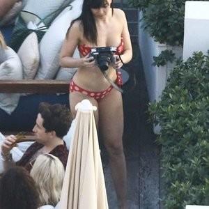celeb nude Daisy Lowe, Rita Ora 002 pic