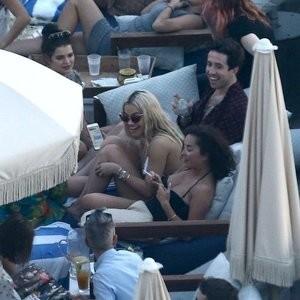 Famous Nude Daisy Lowe, Rita Ora 005 pic