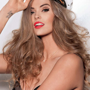 Leaked Celebrity Pic Robyn Lawley 006 pic