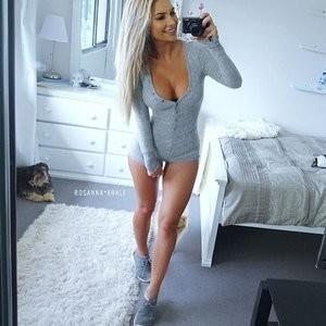 Naked Celebrity Rosanna Arkle 017 pic