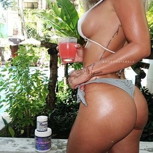 Hot Naked Celeb Rosanna Arkle 081 pic
