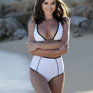 Rosie Jones in Bikini and Topless (4 Photos) – Leaked Nudes