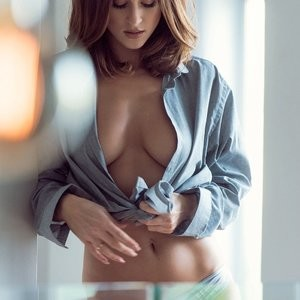 Rosie Jones Topless (4 Hot Photos – Page3) - Leaked Nudes